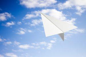 9、紙飛行機